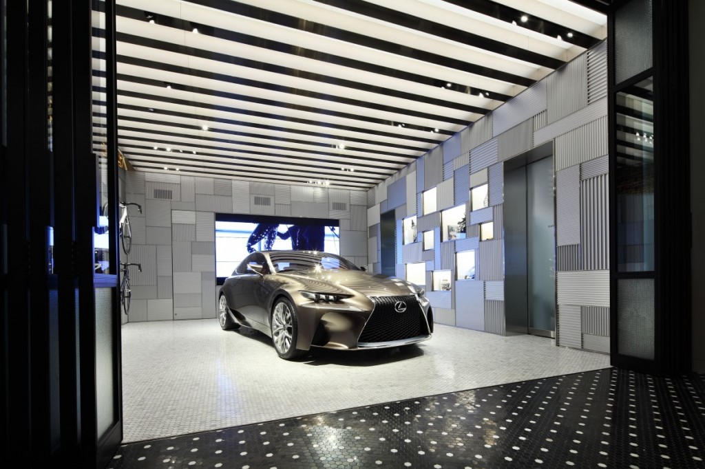 Lexus Store 2014